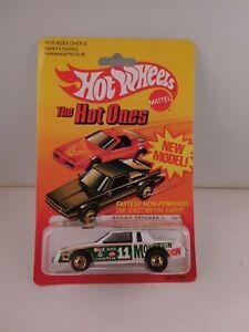 """Hot Wheels Vintage Hot Ones Blackwall """"Mountain Dew Racing Stocker"""" in BP #3927"""