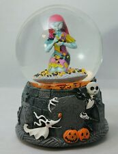 "Sally Snowglobe NIGHTMARE BEFORE CHRISTMAS 6"" Musical Gift"