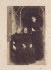 Les Trois amies en noir Vintage albumine ca 1870