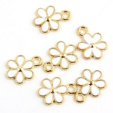 10pcs  White Flower-shaped Beads Charms Enamel Pendant Fit Bracelet Jewelry