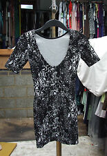 Wonderful Black & White Jacquard Wiggle Body-Con Short Stretchy Dress UK 6