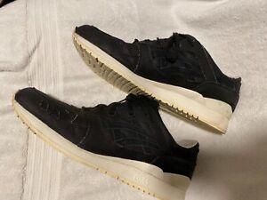 asics tiger gel-lyte III size 14 Black White leather