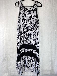 Simply Vera Wang Sleeveless Nightgown Size 3X Sleep Dress Black Floral Pockets