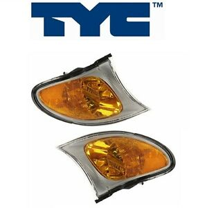 For BMW E46 Turn Signal Light w/ Yellow Lens & Titanium Trim Front Set of 2