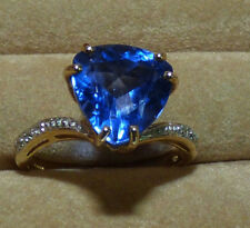 Superb Fluorite Gold Ring - gorgeous 3.88ct stone