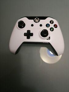 Microsoft Controller Wired per Microsoft Xbox One /PC  Usato
