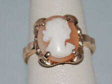 10k Gold Cameo ring with beautiful design