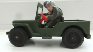 Lone Star Jeep with Driver and Gunner Made in England