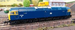 Graham Farish N Gauge Class 47096, BR Blue,  371-828B