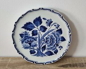 1981 Royal Delft Porceleyne Fles Display Plate Blue White Hamptons Floral