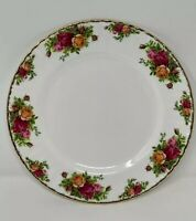 VINTAGE 1962 ROYAL ALBERT ENGLAND OLD COUNTRY ROSES BONE CHINA DINNER PLATE