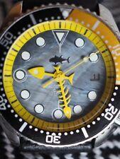 reloj Seiko Diver Watch 7002 fishbone modificado  Automático-manos amarillas