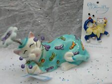 'Sweet Dreams' cat with bobbling fish , + free pin ($12 retail)  Helps Animals