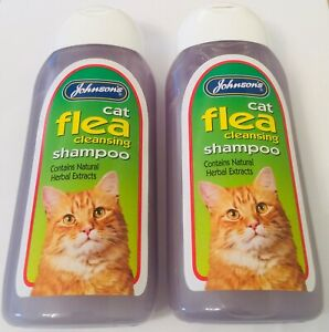 JOHNSON'S CAT FLEA CLEANSING SENSITIVE SHAMPOO CARE FOR CATS 200ML X2 TWIN PACK