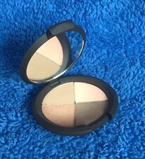 Becca Ultimate Eye Colour Quad In Sun Chaser - MELB STOCK