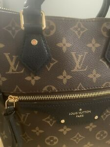 louis vuitton bag,used, Woman, Hand Held And Long Strap, Black Leather Trim