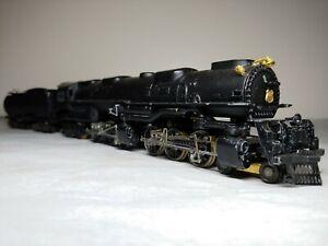 Vintage HO Scale Nice  Bowser Challenger Steam Engine + tender runs!