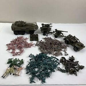 Vintage 1999 2000 New Ray 1:32 Military Vehicles Ammo Launchers 117 Army Men
