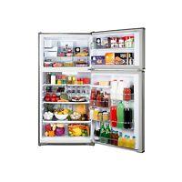 20.8 Cubic Foot Kenmore Top Freezer Refrigerator w/ Ice Maker
