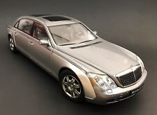 AUTOart MAYBACH 62 Silver Long Wheel Base 1/18