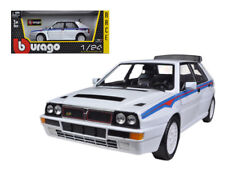 1/24 Bburago Lancia Delta Integrale HF White With Martini Stripes White 18-28006