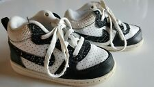 Nike Toddler Boys 7C Shoes BLACK WHITE preowned style 847748-100