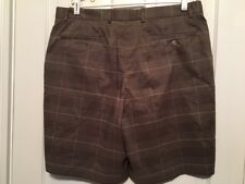 WALTER HAGEN SIZE 38 TAN CHECKED GOLF SHORTS