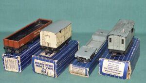 4 x HORNBY DUBLO (OO) Railway wagons @1950/60. Vintage.
