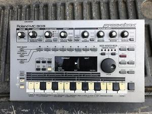 Roland MC303 Sequencer Dance Music Machine Groovebox