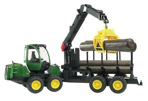 Bruder 02133 John Deere Forwarder Forestry Machine with 4 trunks and grab.