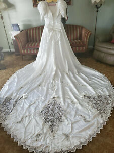 MORI LEE WEDDING DRESS WHITE 9' TRAIN POLYESTER EXCELLENT CONDITION