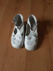 Girls Size 7 White Boot Shoe