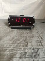 Vtg GE General Electric Alarm Clock Red LED Digital 8143-5 Wood Grain Tested