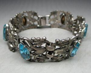 vintage Napier link bracelet with blue rhinestones (0213)