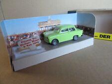 884J Vitesse Trabant 601 Der Trabi Berlin Wall 1989 Green 1:43