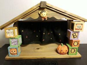 * Cherished Teddies - 152382 Beary Scary Halloween House