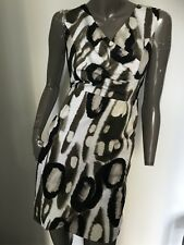 PRIVILEGE Abstract printed Occasion/cocktail dress  size 10