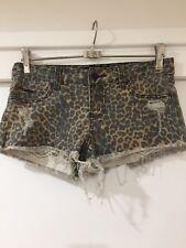 Billabong Ladies Leopard Print Denim Short Shorts Size 8 EUC