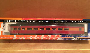 HO Broadway Limited Southern Pacific Daylight Parlor Observation Passenger Car