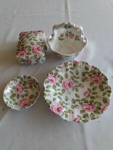 Queens Bone china cottage rose pattern set