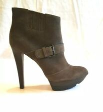 New NIB Enzo Angiolini Larusso Taupe Suede Stiletto Heel Boots Size 8.5