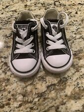 Black Converse All Star Chuck Taylor Infant/Toddler unisex in Euc~size 5