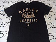 Medium- Oakley Republic Slim Fit T- Shirt