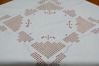 Mitteldecke rosa Hardanger Stickerei auf weiß Baumwolle Leinenoptik 82x82