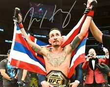 UFC MAX HOLLOWAY HAND SIGNED AUTOGRAPHED 8X10 PHOTO WITH PROOF AND COA 5 RARE