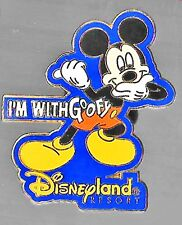 New listing Disney Mickey Mouse Pin 2004 Disneyland Resort Dl Dca I'M With Goofy Pointing