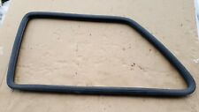 VW GOLF MK2 1990 3 DOOR LEFT SIDE REAR WINDOW GLASS RUBBER SEAL