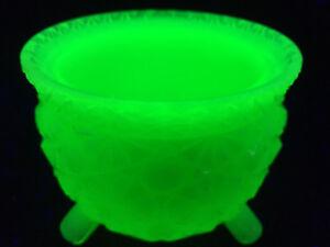 Green milk Vaseline glass toothpick holder uranium Gypsy pot witches kettle slag