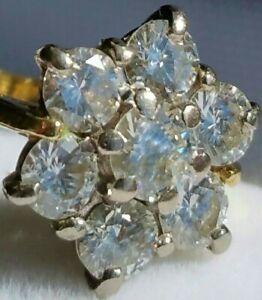 Stunning! 18Ct Gold 1.01Ct Superb Diamond Daisy Engagement Dress Ring