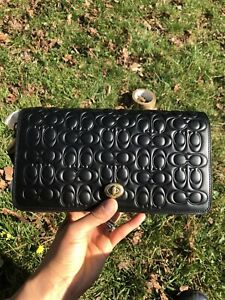 Coach Ladies Signature Leather Dinky Shoulder Bag  Black Crossbody Gift